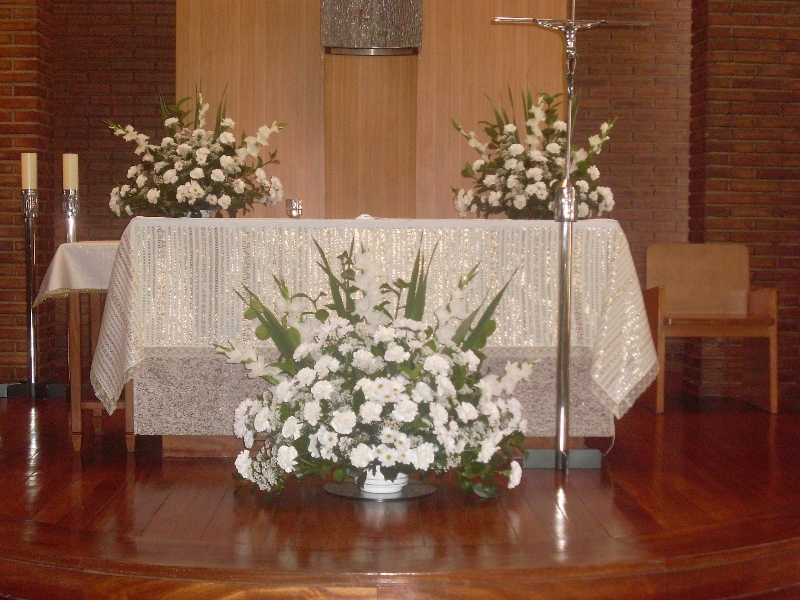 Decoraci n iglesia florister a mayte - Decoracion floral para bodas ...