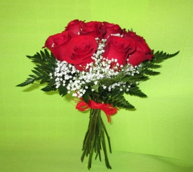 Ramo  rosas, paniculata y helecho