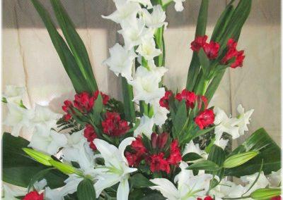 Gladiolos, liliun y Astroemelias